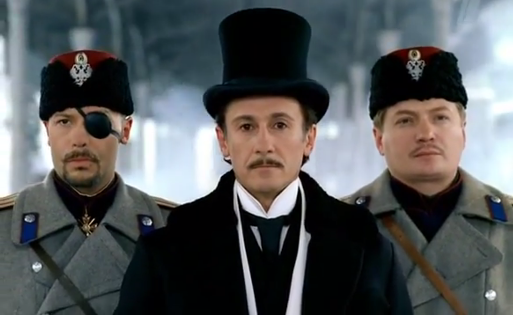Actor Oleg Menshikov playing Erast Fandorin in a 2005 television adaptation of Akunin's <em> The State Counsellor </em>