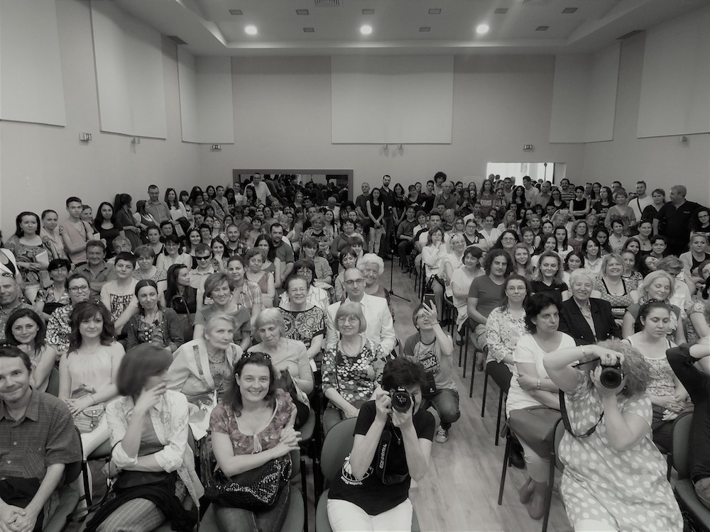 The audience at one of Gospodinov's readings in Plovdiv, Bulgaria