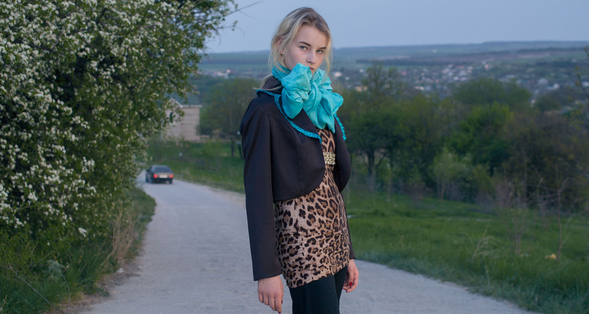 Thrifting and teen thrills: photos of Russian youth's love affair with second-hand clothes