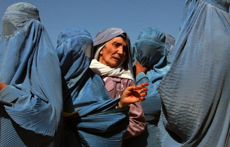 Speaking out: the challenges of broadcasting for Afghanistan's ethnic Uzbek women