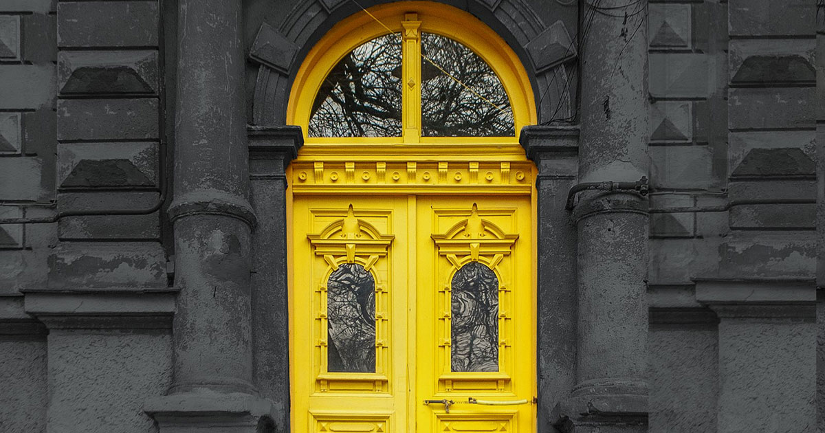 1000 Doors of Odessa chronicles the vanishing beauty of the city's historic thresholds