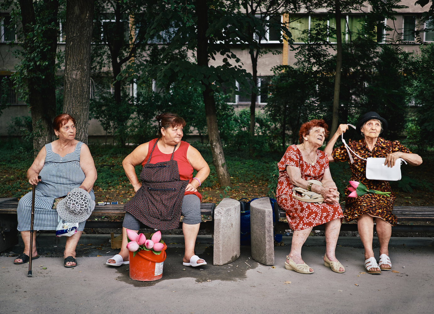 From gossiping grandmas to effortless fashionistas, discover the people of Bucharest