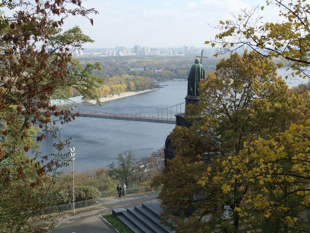 Volodymyr the Great overlooking Dnieper River in Kiev, Ukraine. Photograph: Peter Collins under a CC licence.