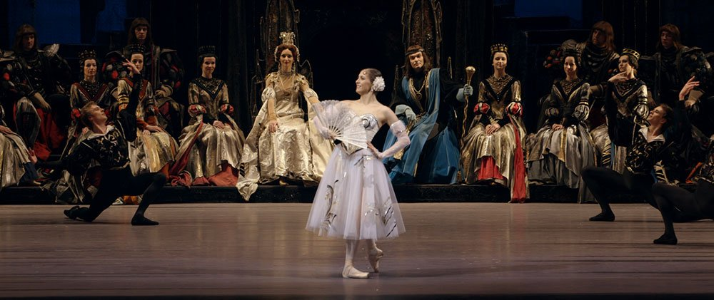 Anastasia Meskova performs in <em>Swan Lake</em> at the Bolshoi