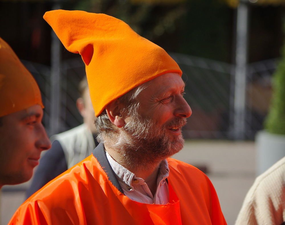 """Major"" Waldemar Fydrych, founder and leader of the Orange Alternative movement. Image: HuBar Under a CC licence"