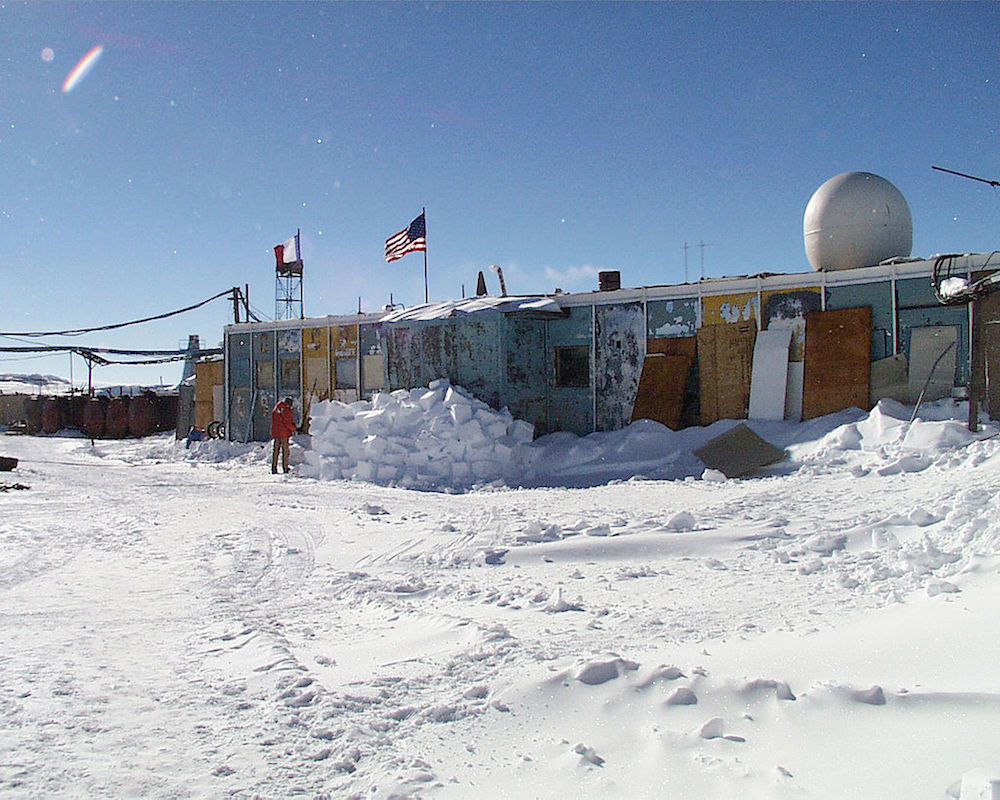 The Russian station Vostok, where a temperature of -89 degrees C was recorded in 1983. (Image: National Science Foundation/Josh Landis)