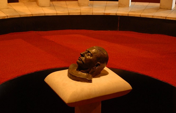 stalin museum death mask