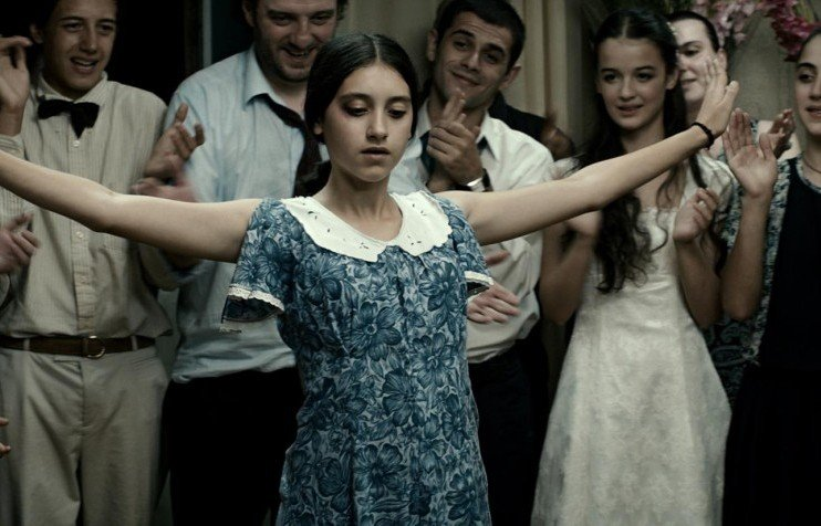 Still from <em>In Bloom</em> (2013), dir. Nana Ekvtimishvili and Simon