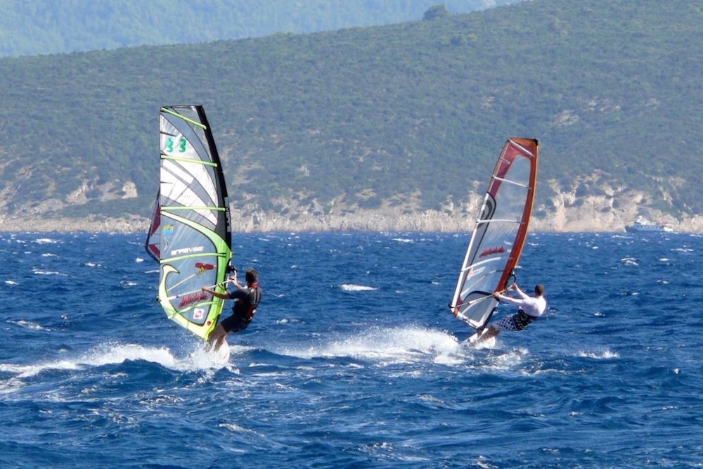 Windsurfers off the coast of Bol in Croatia. Image: Malden Dj under a CC licence