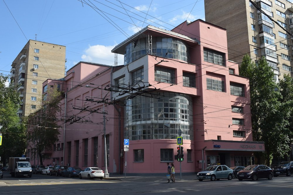The Zuev Workers' Club, designed by Ilya Golosov (1928). Image: Bradley Jardine