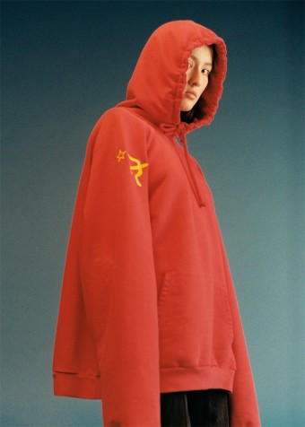Vetements hammer and sickle
