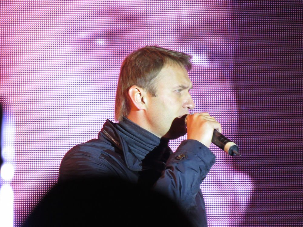 Alexey Navalny speaking at a rally in 2013 (putnik under a CC licence)