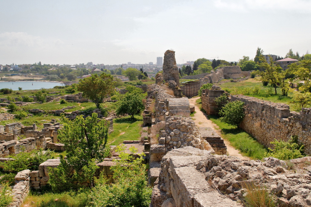 Ruins of antique fortifications at Chersonesus (Alexxx Malev under a CC licence)