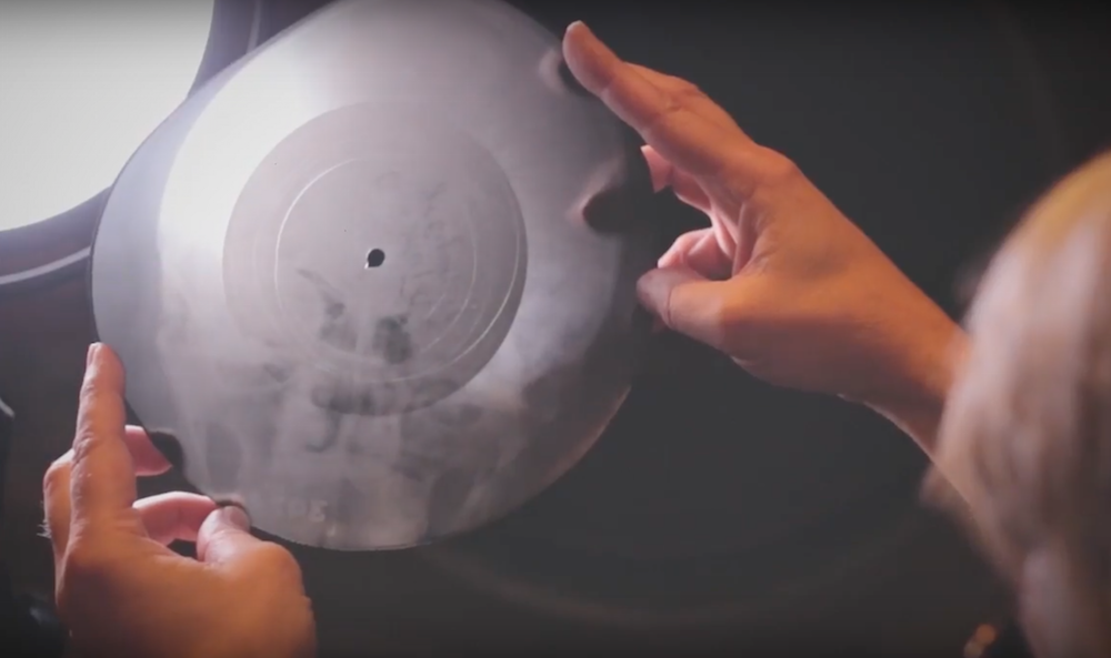 X-ray records were thing and fragile, and would be thrown away once they were worn through. Image: The Real Tuesday Weld/Youtube