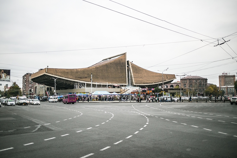 The former Rossiya Cinema is now a shopping mall. Image: Stefano Mayno