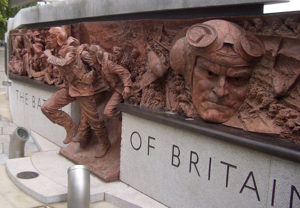 Paul Day's memorial to the Battle of Britain on the banks of the Thames in London. Image: Sharonpink2 under a CC licence