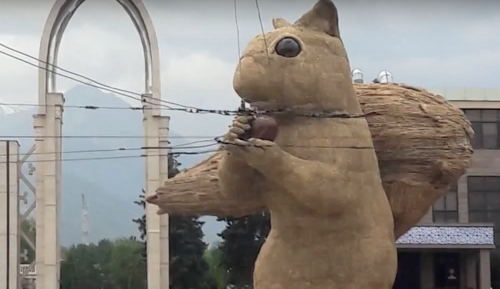 UK artist Alex Rinsler's 12-ton squirrel sculpture in Almaty was created for the city's Art Energy festival. Image: BBC News/Youtube