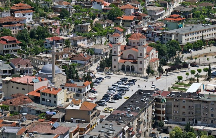 City break Berat