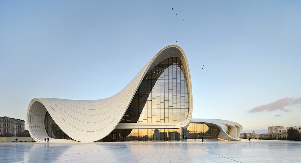 Heydar Aliyev Centre. Image: Rossi101/Wikipedia under a CC license