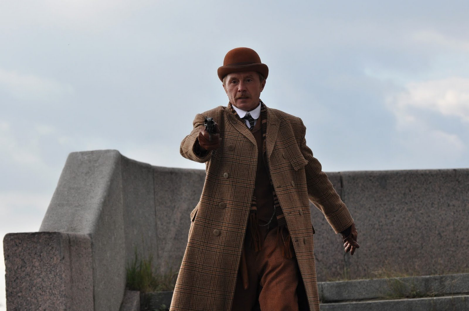 Andrei Panin as Dr Watson in <i>221b Baker Street</i>, the latest Russian version of the Holmes stories