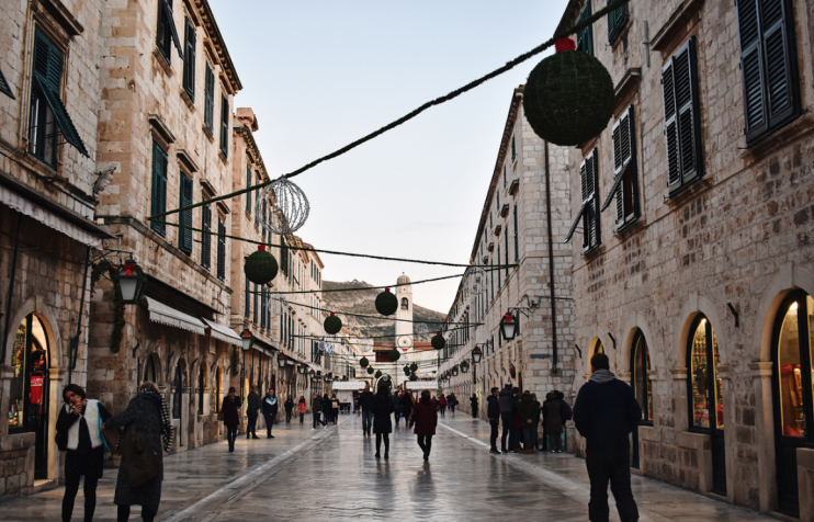 Winter breaks Dubrovnik