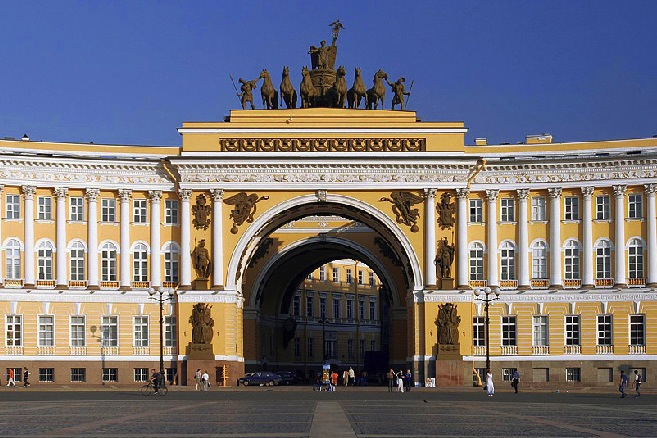 General Staff Building, St Petersburg (1819-29), designed by Carlo Rossi
