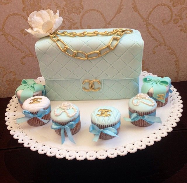 Image: Taus Makhacheva's image collection. Cakes made in Melody of Taste bakery in Dagestan