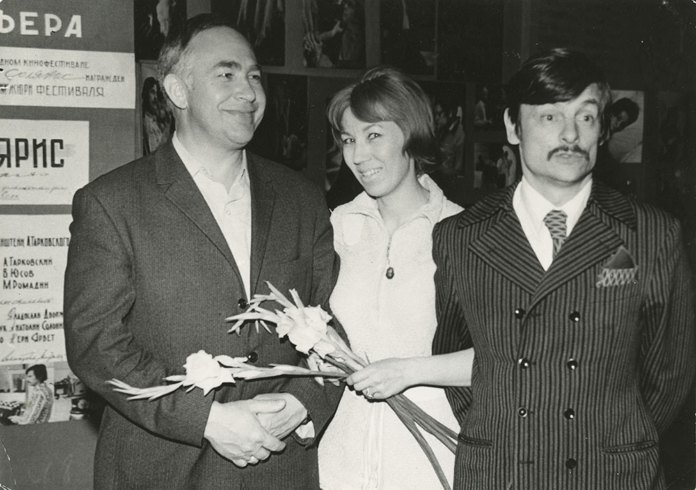 At the Solaris premiere, cinematographer Vadim Yusov, Nelli Fomina and Andrei Tarkovsky. Moscow 1972