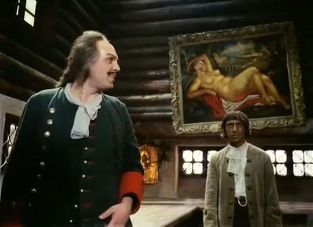 Aleksei Petrenko as Peter the Great and Vladimir Vysotsky as Gannibal in Aleksandr Mitta's How Tsar Peter the Great Married Off His Moor (1976)