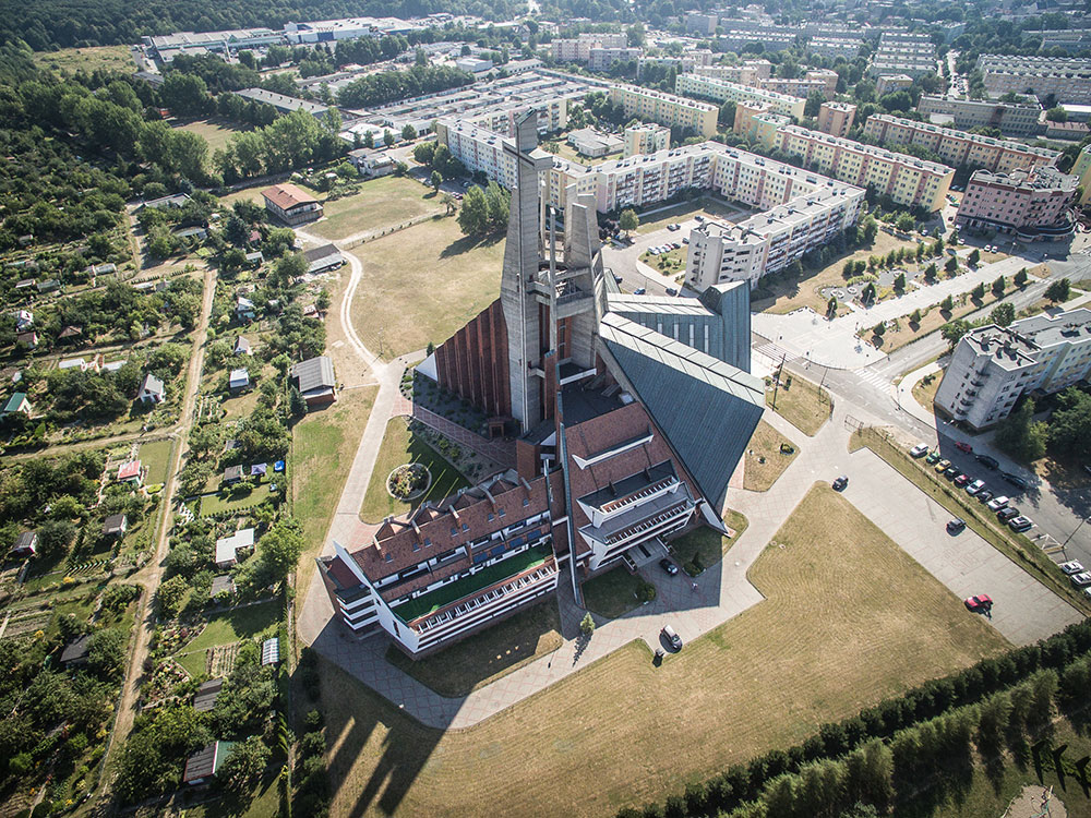 The Church of Our Lady the Queen of Poland, Świdnica, from Architecture of the VII Day (2015) by Kuba Snopek, Iza Cichonska, Karolina Popera