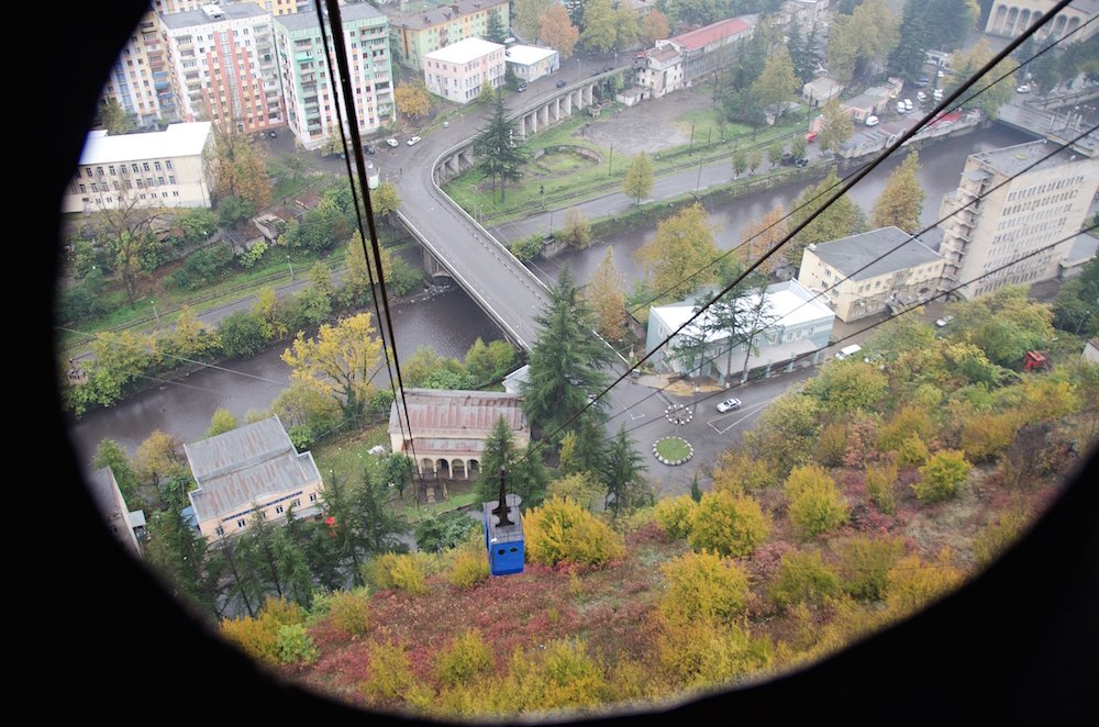 "Looking down onto Chiatura from one of its ""vintage"" cable cars. Image: Honza Pernica under a CC licence"