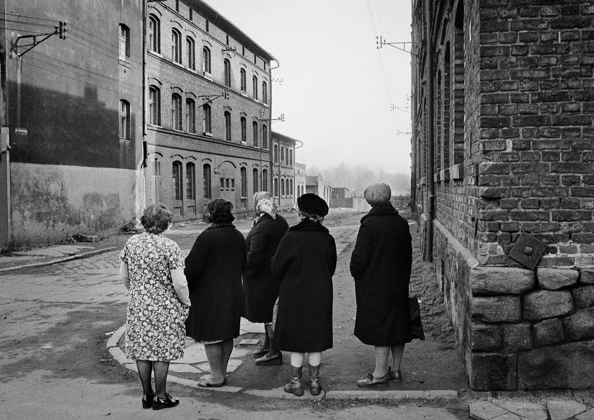 Ladies Looking, Ruda Śląska (1977)