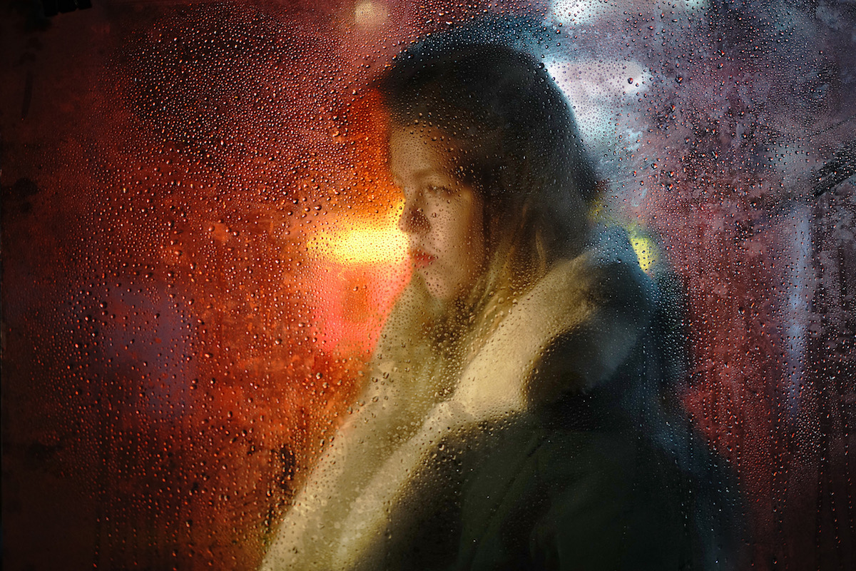 These snapshots of nocturnal Nizhny Novgorod capture the quiet contemplation of the Russian commuter