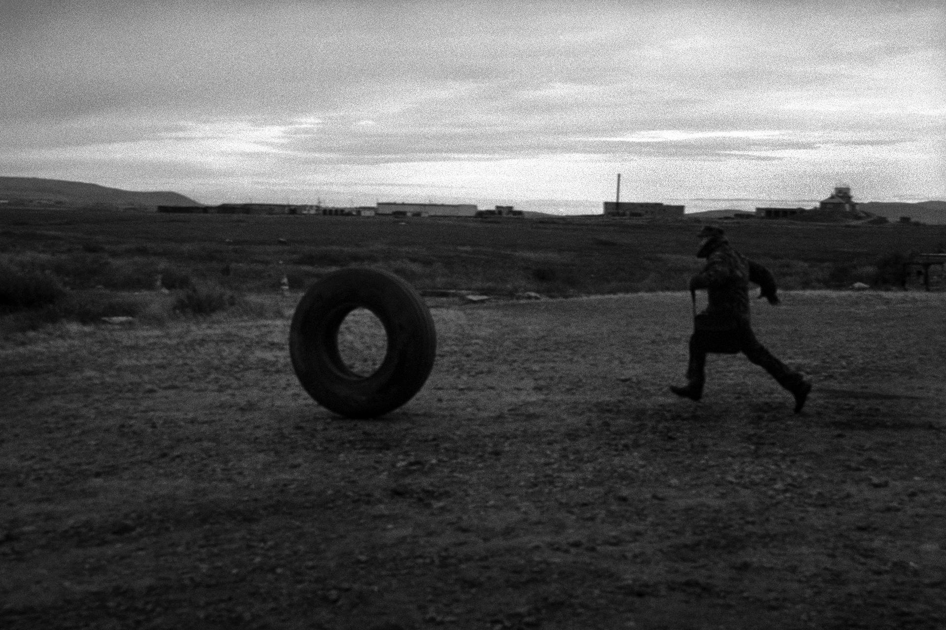 To catch up with a wheel, airport Anadyr', Chukotka, Russia (2007)