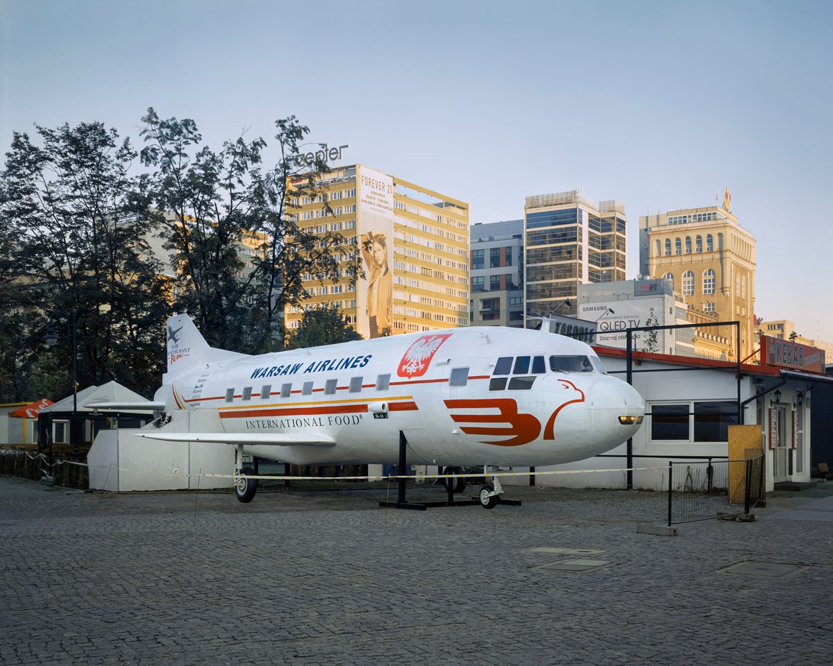 Plane photographed in 2017 near Warsaw's Palace of Culture and Science