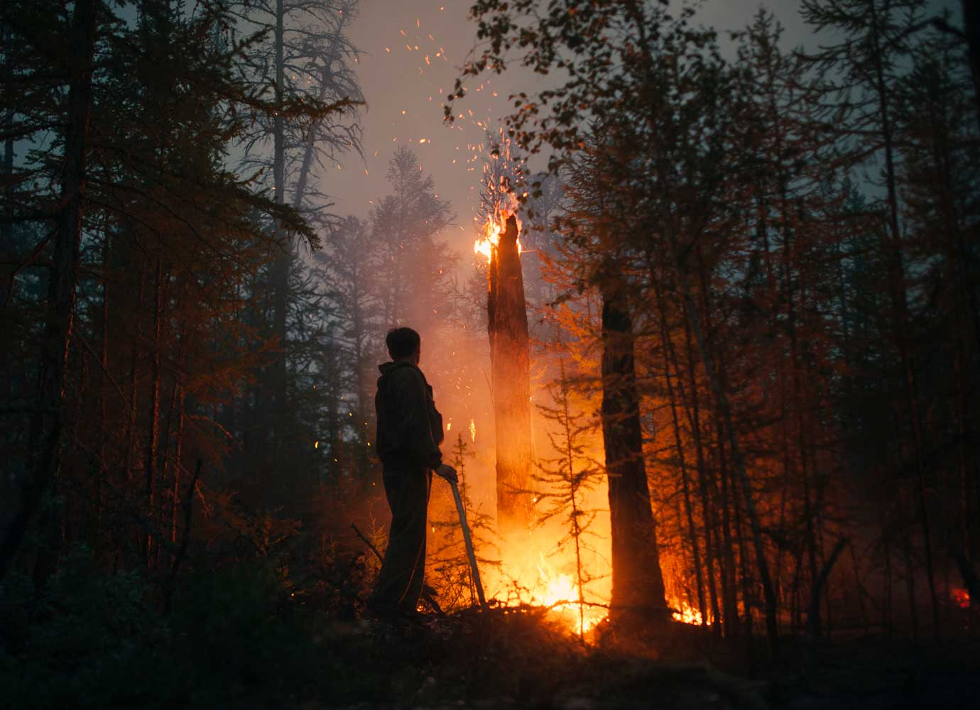 The wildfire fighters battling extreme heat in Yakutia
