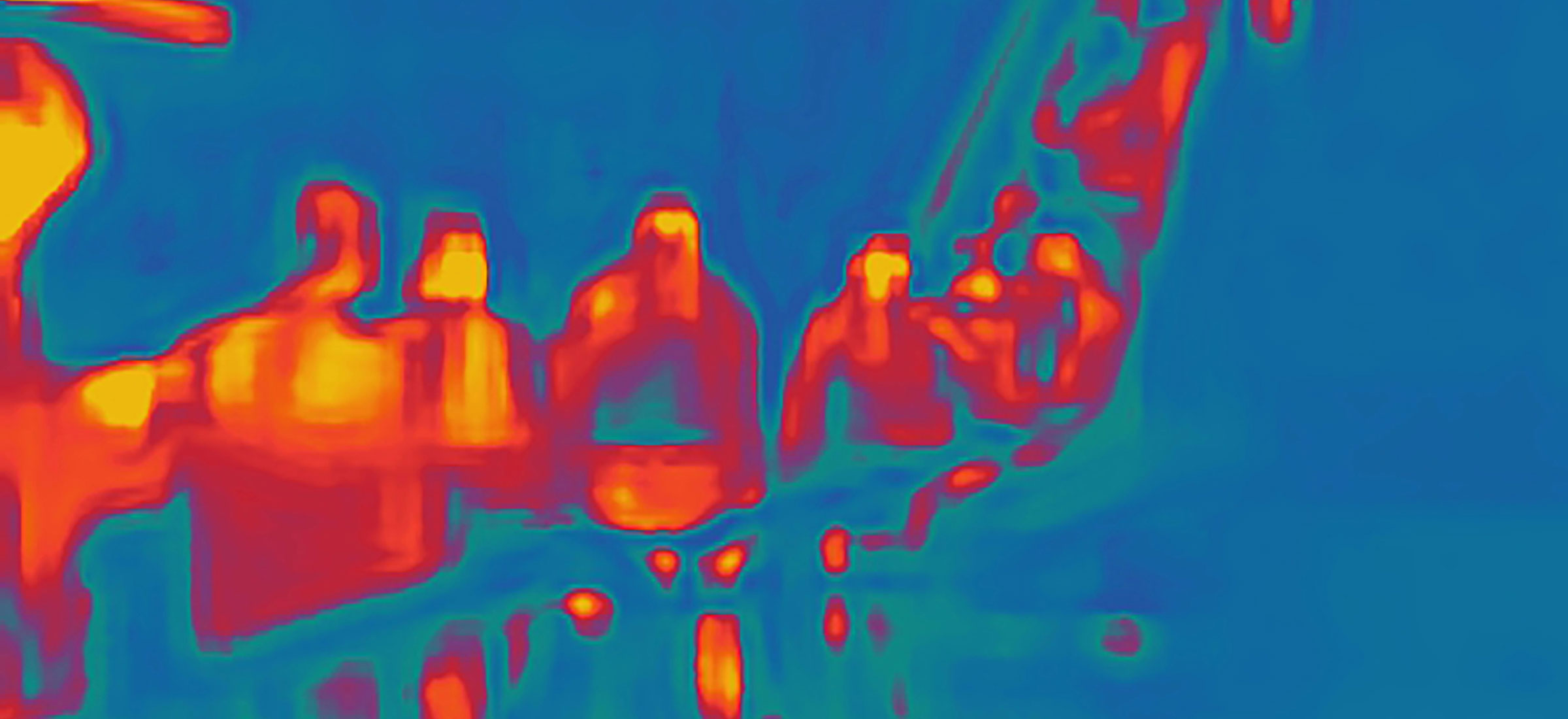 Taken on a thermal camera, these street photos of Moscow mirror our pandemic unease