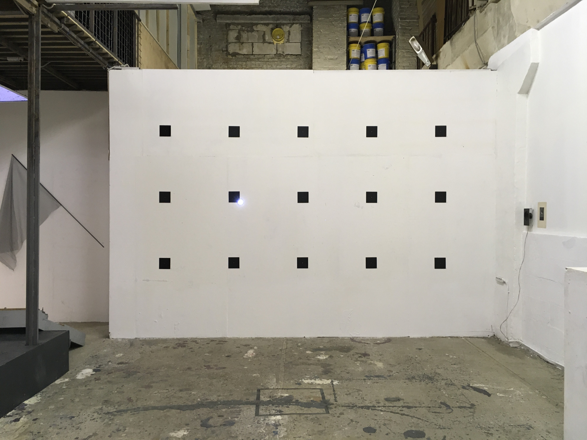 White Wall installation, 2019. Luda Gallery, St Petersburg. This work explores the whiteness of the gallery walls through sound