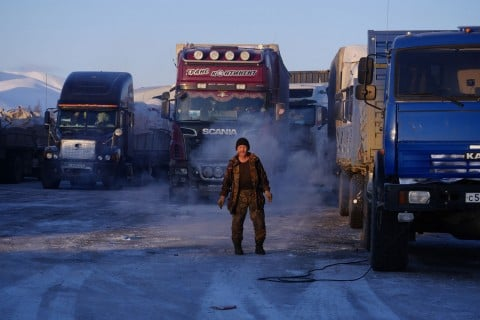 On thin ice: we rode a delivery truck 730 km along a frozen Siberian river