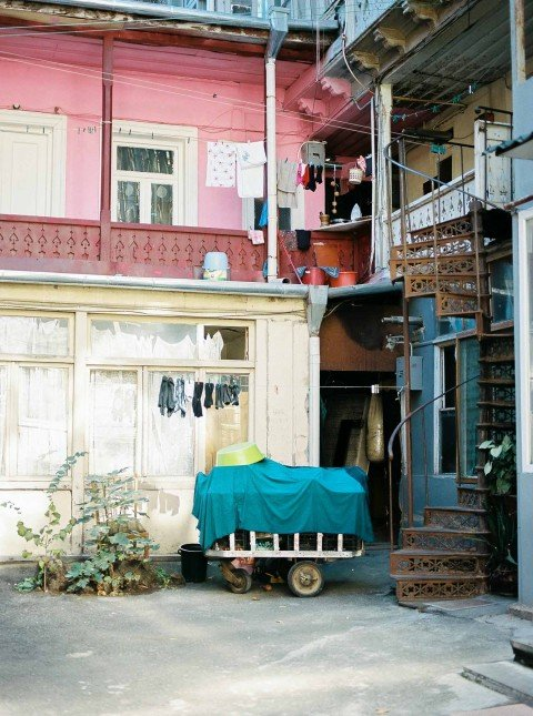 Hidden treasures: inside Tbilisi's sun-drenched 'Italian' courtyards
