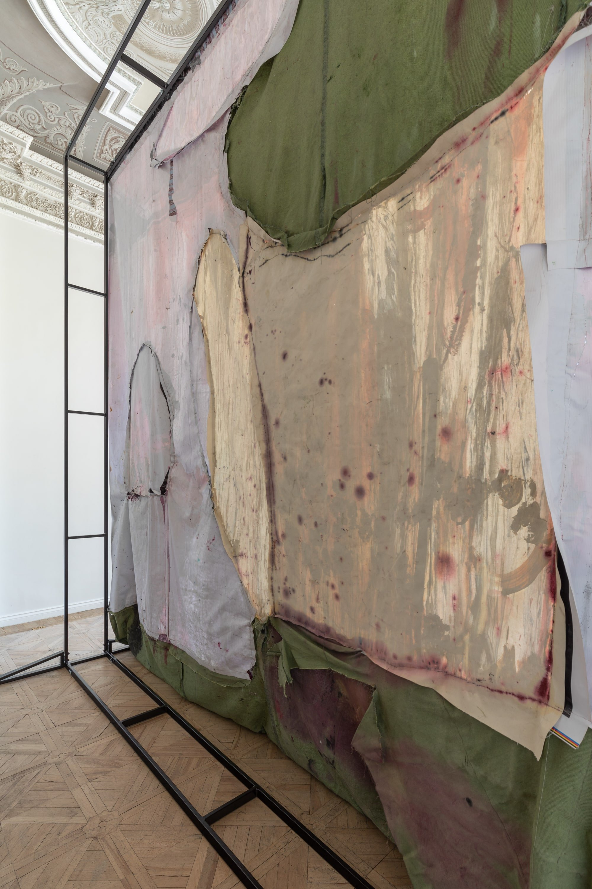 Ipatyev's Room (back side), 2019. From the personal show Red Garden at the Szena gallery, Moscow
