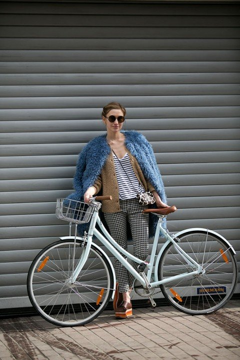 Belles on bikes: the women of Moscow who ride in style