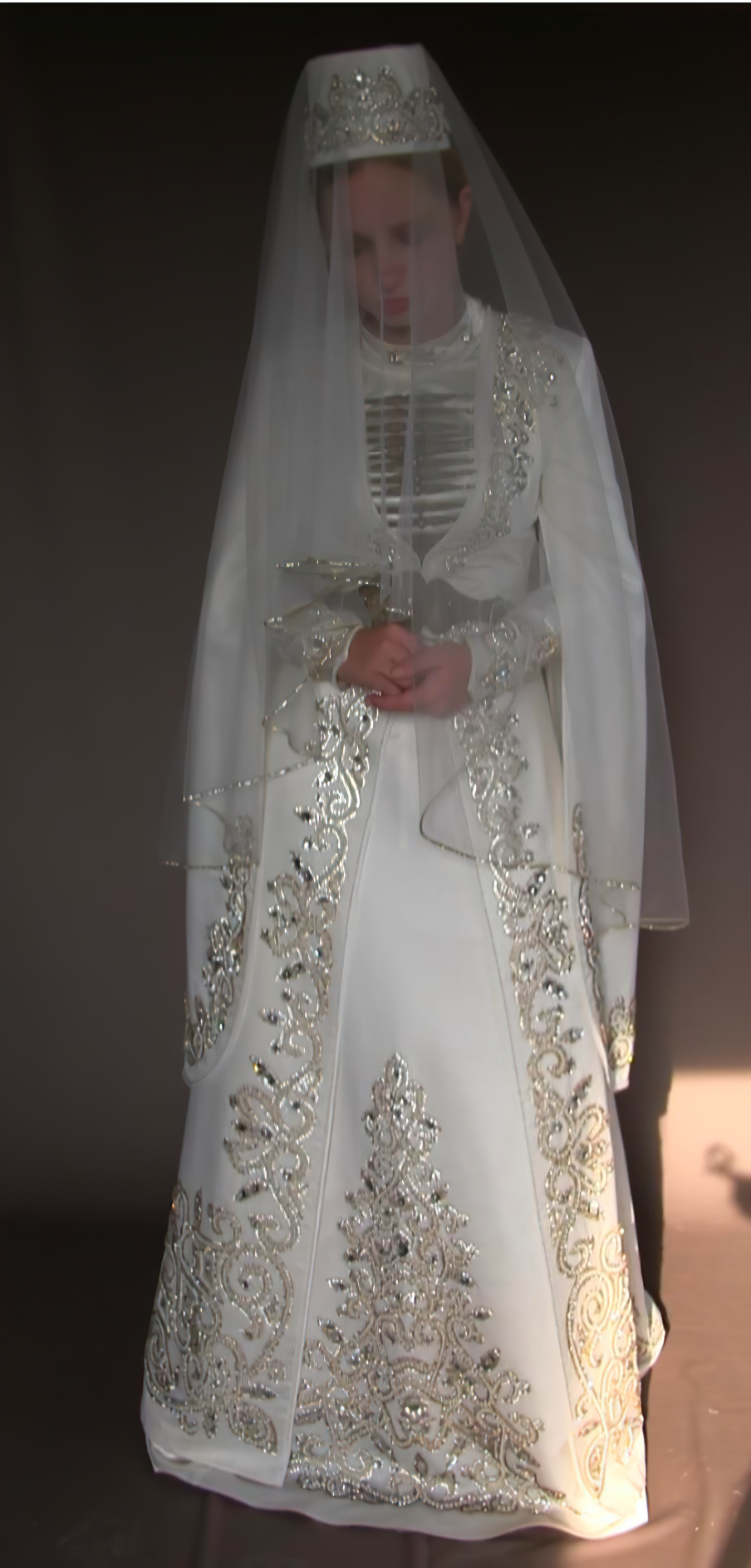 From the performance 6/8, 2016. The work is based on a wedding tradition shared by Ossetians and Chechens, which sees the bride silently stand in the corner for up to 10 hours during her own wedding, as a sign of respect to the groom's family