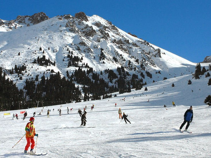 Three New East resorts named among skiing top ten