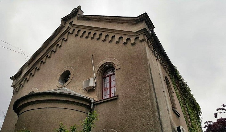 Historic Belgrade synagogue turned rock club to be returned to Jewish community