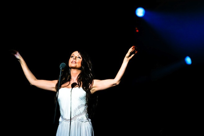 Singer Sarah Brightman calls off space travel on Russia's Soyuz