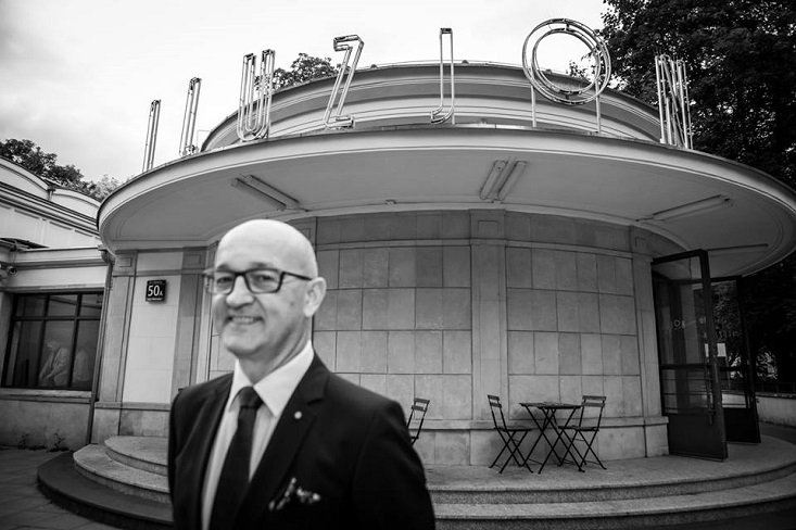 Outgoing director of Polish National Film Archive threatens legal challenge against his successor