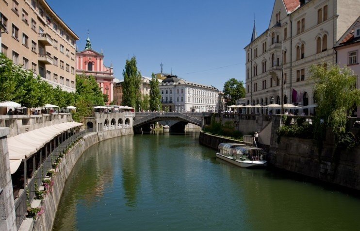 These activists are offering new feminist tours of Ljubljana