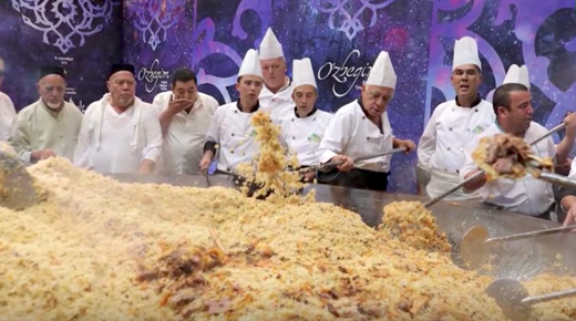 Uzbek chefs hope to enter record books with mammoth plov