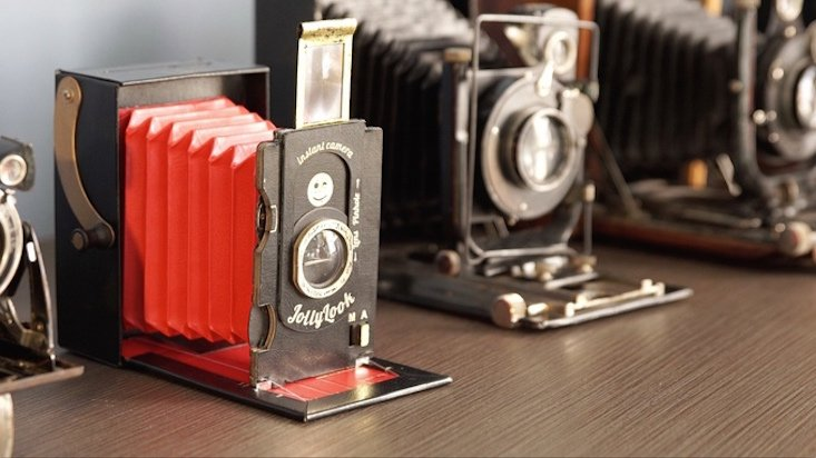 Ukrainian startup launches the vintage instant camera of your hipster dreams